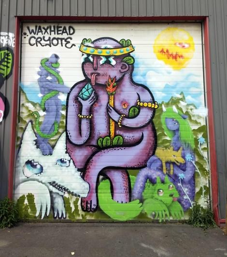 Waxhead and Cryote collaboration in Hochelaga