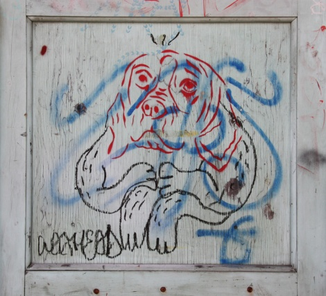 stencil by Dookie3 (in red) 'extended' by Waxhead (in black)