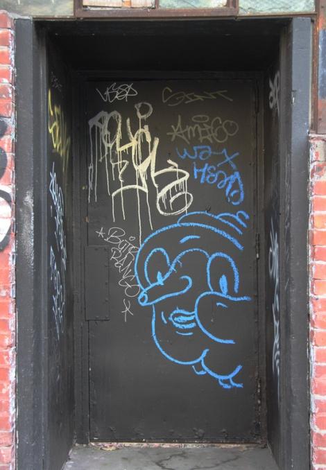 Waxhead on St-Dominique door