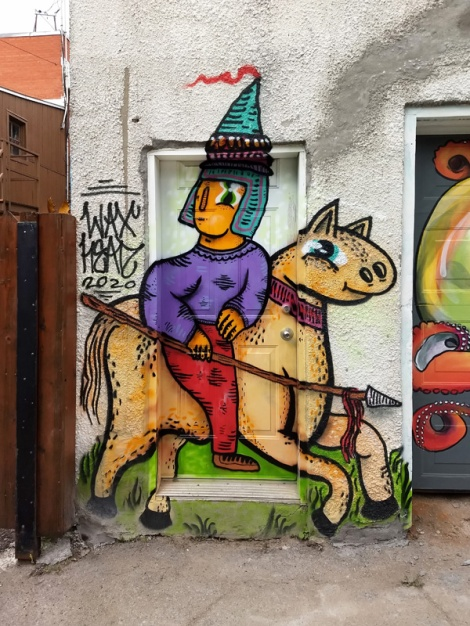 Waxhead on a Petite-Patrie alley door