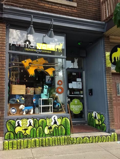 Villeray pet shop front by Waxhead