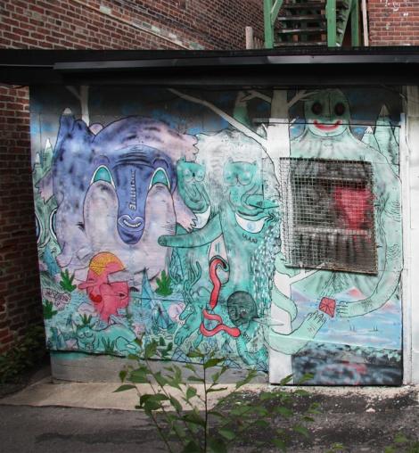 Waxhead piece in alley behind St-Laurent
