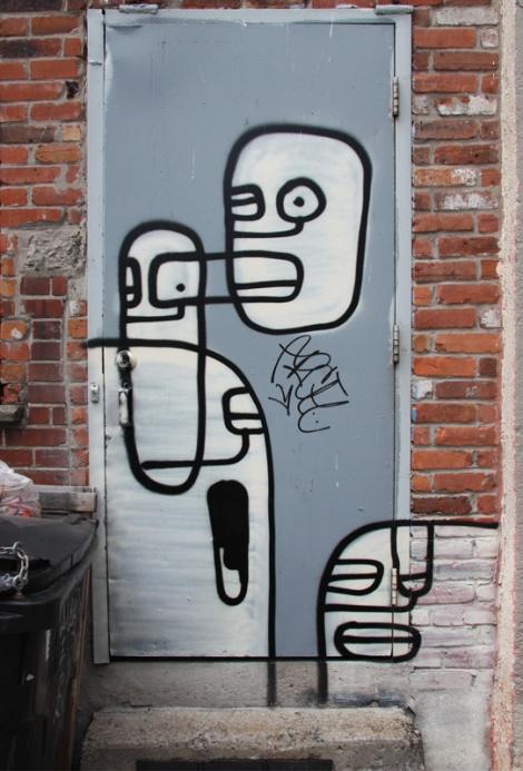 unidentified artist on a Plateau door