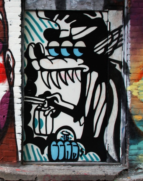 Germdee piece in a Plateau alley