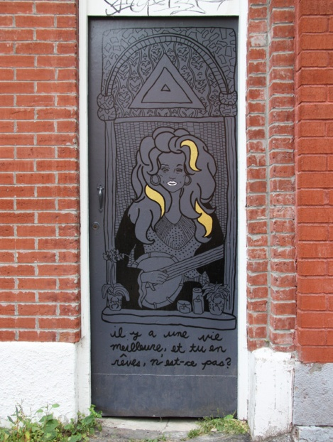 unidentified artist on a Plateau door