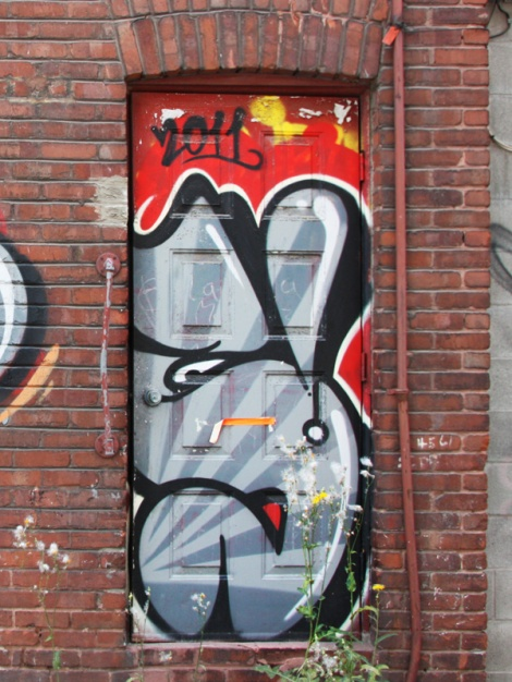 Letter piece by Scaner on a Plateau door