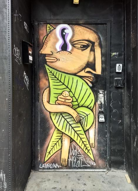 Waxhead and Labrona on a Plateau door
