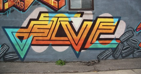 Five Eight graffiti on St-Rémi x St-Ambroise