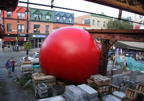 Red Ball Project Montreal day 4 - 3 September: Monuments Berson, St-Laurent