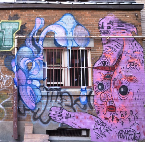 Waxhead (right) and Gawd (left) in alley between St-Denis and Drolet