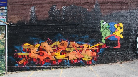graffiti mural by Sniper on Clark between Ontario and Sherbrooke