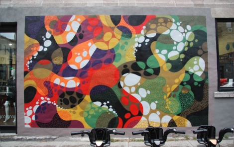 abstract mural by Matt W Moore on Villeneuve corner St-Laurent