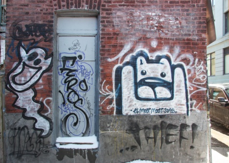 Unidentified artist on the left, El Moot Moot on the right, with tags by Feros and Thief!