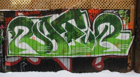 Graffiti by Ratur(?) in alley between St-Laurent and Clark