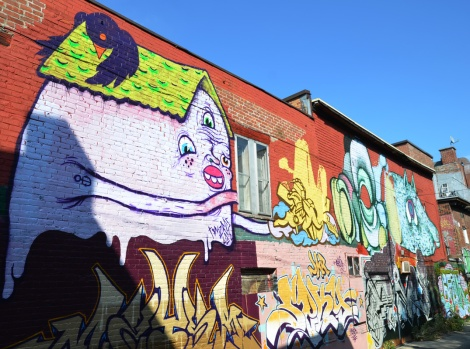 general view of a portion of alley between St-Laurent and Clark (2013) featuring mostly Waxhead (top left and right), GAWD (top right of centre) © Aline M