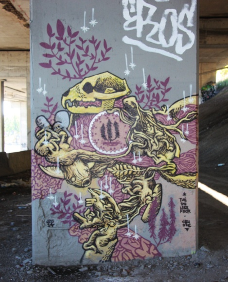 SBU One piece beneath autoroute Ville-Marie