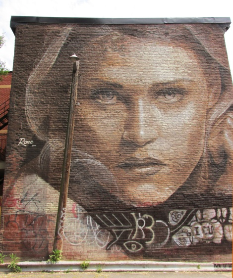 mural by Rone for the 2014 edition of Mural Festival