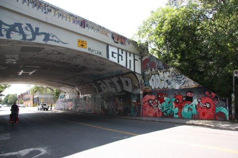 de Rouen tunnel legal graffiti wall; main visible piece is by Astro