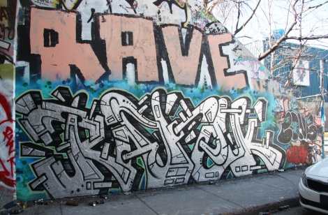 Ratek (bottom) and Rave (top) at the Rouen tunnel legal graffiti wall