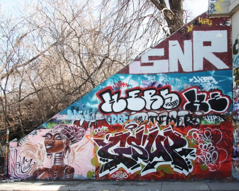 Maliciouz (bottom left), Gsup (bottom right), Hers (middle), Saner (top) at the Rouen tunnel legal graffiti wall