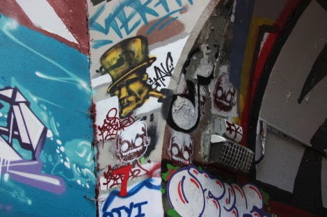 Max (in dark yellow) and Neon (3 stencils) at the Rouen tunnel legal graffiti wall