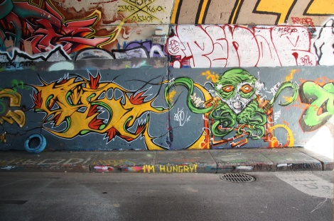 Max (bottom), Penar (middle right) at the Rouen tunnel legal graffiti wall