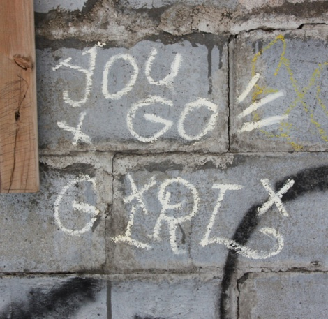 You Go Girl tag in alley between St-Laurent and Clark
