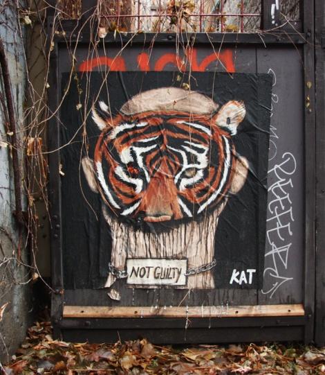 Kat wheatpaste in alley between St-Laurent and Clark