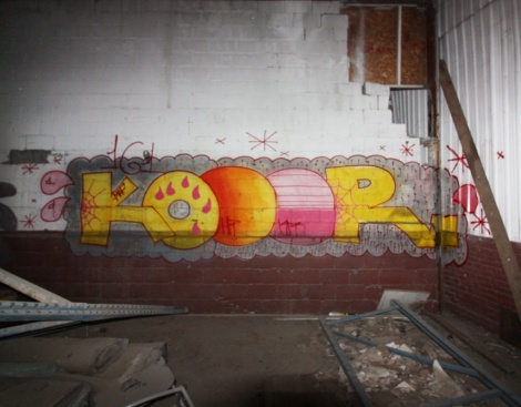 Kor in an abandoned building