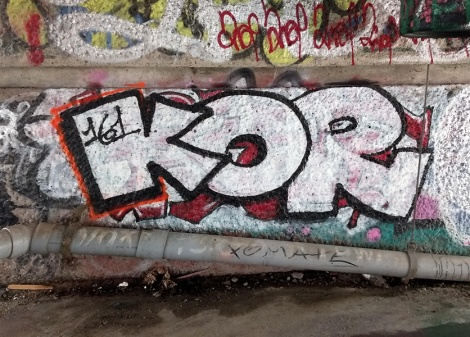 Kor throw in Mile End