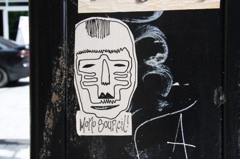 Mono Sourcil paste-up