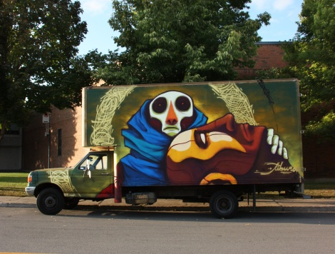 Collaboration between Tiburon (characters) and Monk.e (around) on truck for the 2016 edition of the Hip Hop You Don't Stop Festival