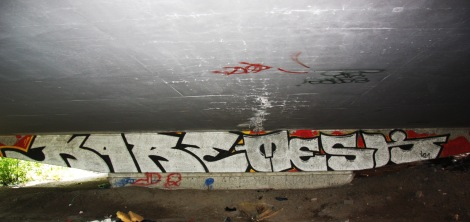 Kare and Mesk graffiti on a pillar of the Van Horne|Rosemont overpass