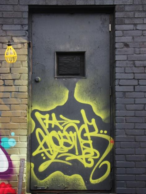 Scaner tag on door
