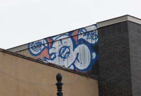 Scaner off St-Laurent roof