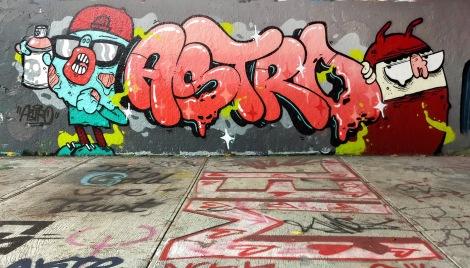 Astro au mur légal du tunnel Rouen