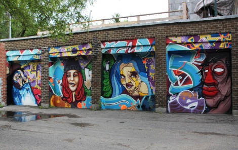 Fokus, Gaulois and Boporc on a set of garage doors in Hochelaga