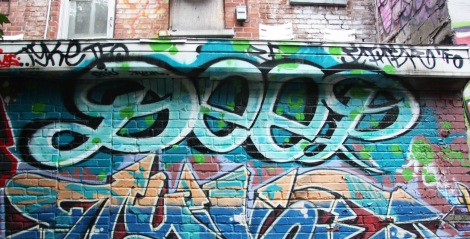 Deep graffiti in alley between St-Laurent and Clark