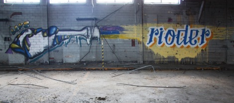 Loks (left) and Riode (right) in abandoned industrial building