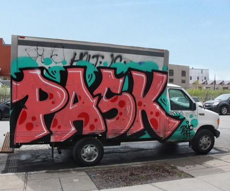 Pask on truck side