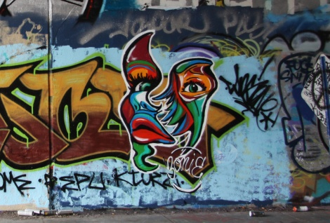 Bonie at the Rouen tunnel legal wall