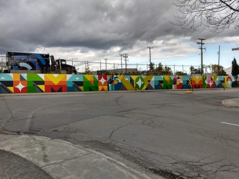 segment of a long wall by Peru in Ville-Marie