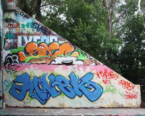 Monek at the Rouen legal graffiti tunnel