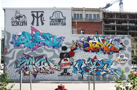 123Klan (Scien and Klor) and AG Crew (Snipes and Senck) contribution to the 2015 edition of the Under Pressure Festival