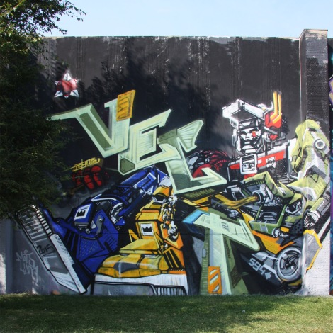 Tchug and Vect at the 2015 Lachine graffiti jam
