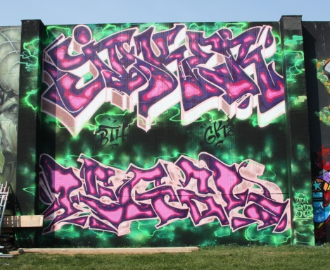 Jaker (top) and Legal (bottom) at the 2015 Lachine graffiti jam