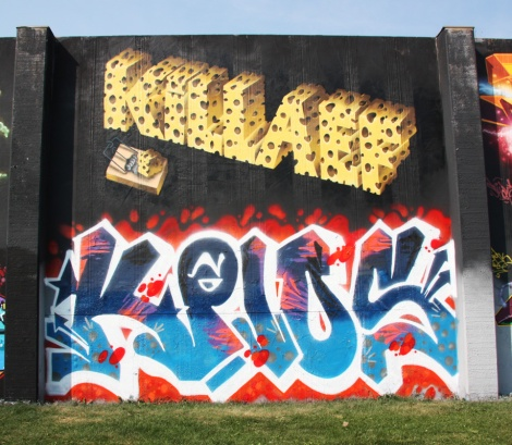 Killa EF (top) and someone from KP10 (bottom) at the 2015 Lachine graffiti jam