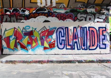 Crane (left) and Claude (right) at the Rouen legal graffiti tunnel