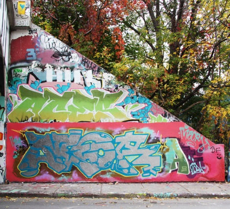 Meor (bottom), Aces (middle) at the Rouen legal graffiti tunnel