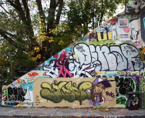 Wuna (bottom), Penar (middle) and a Lovebot wheatpaste (top) at the Rouen legal graffiti tunnel